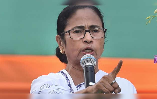 CAA: बंगाल में हिंसक प्रदर्शन करने वालों के खिलाफ ममता ने सख्त कार्रवाई का दावा किया