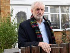 UK: जेरेमी कॉर्बिन ने चुनाव में हार के लिए मांगी माफी