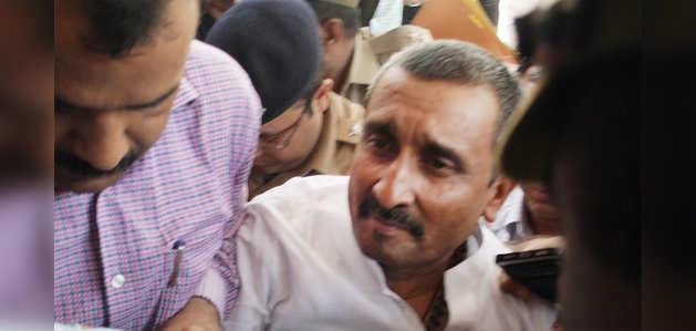 निष्कासित बीजेपी विधायक कुलदीप सिंह सेंगर उन्नाव रेप केस में दोषी करार