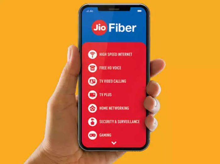 Jio Fiber सेट-टॉप बॉक्स: इन्स्टॉलेशन से लेकर लाइव टीवी तक, जानें पूरी डीटेल