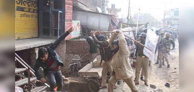 नागरिकता कानून के विरोध में प्रदर्शन के दौरान यूपी में 15 लोगों की मौत