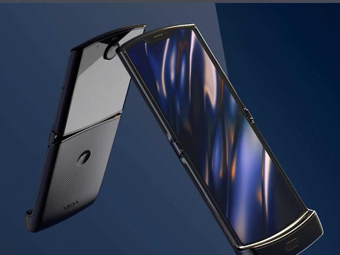 Motorola के इस फोन के लिए ग्राहकों की दीवानगी, टालनी पड़ी लॉन्चिंग