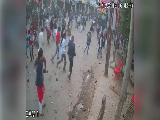 सीसीटीवी कैमरे में कैद हुई पूरी वारदात