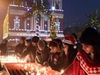 देशभर में लोग मना रहे हैं क्रिसमस का जश्न
