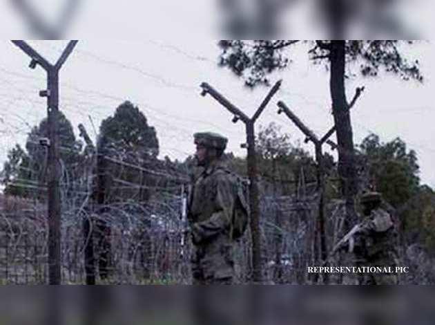 जम्मू-कश्मीर: पाक फायरिंग में सेना के जेसीओ समेत एन नागरिक की मौत