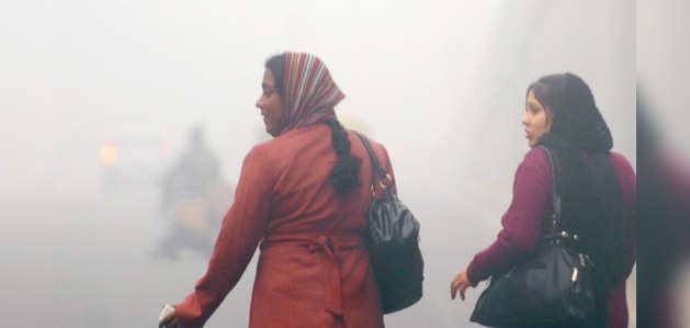ठंड से दिल्ली का बुरा हाल, शनिवार को तापमान 1.7 डिग्री
