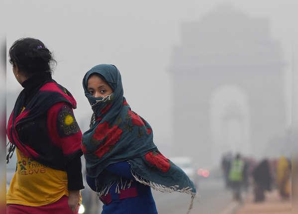 देखें, सर्दी से कांपा उत्तर भारत, माइनस में पहुंचा तापमान