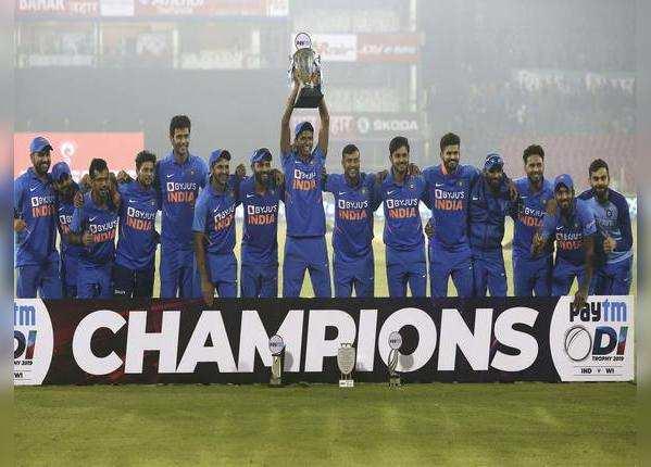 वनडे में टीम इंडिया का परचम