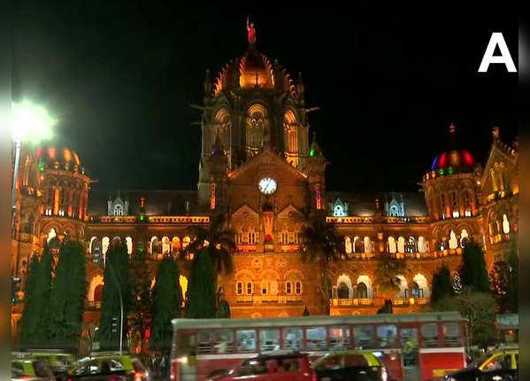 जगमगा उठा मुंबई का चप्पा-चप्पा