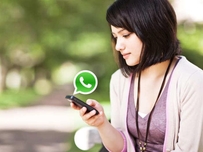 WhatsApp चैटिंग में टाइपराइटर फॉन्ट का मजा, जानें कैसे करें यूज