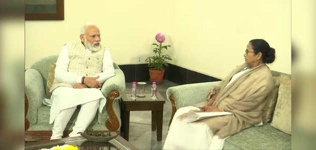 कोलकाता: ममता बनर्जी ने PM नरेंद्र मोदी से की मुलाकात, CAA पर जताया विरोध