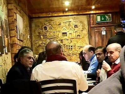 लंदन के रेस्तरां में दिखे नवाज, विपक्ष ने मेडिकल टूर पर उठाया सवाल