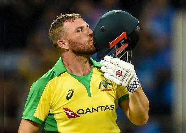 कप्तान फिंच की 16वीं ODI सेंचुरी