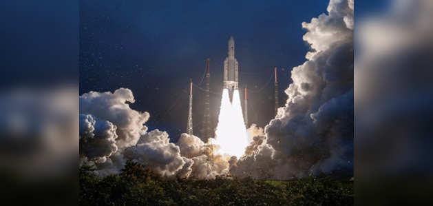 इसरो का  संचार उपग्रह जीसैट-30 सफलतापूर्वक हुआ लॉन्च