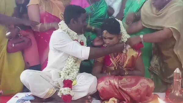 setting example of communal harmony hindu couple ties knot in kerala mosque