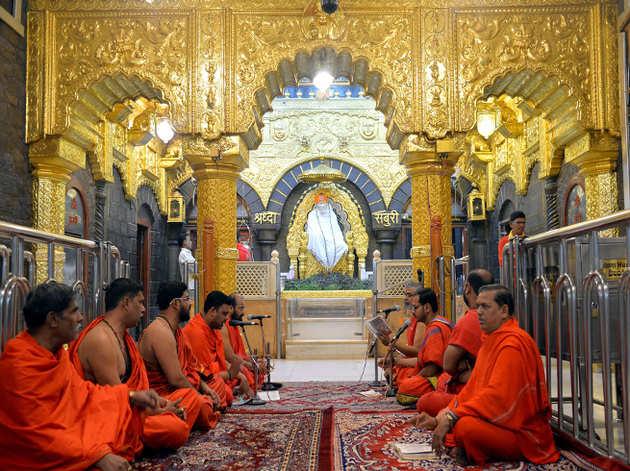 शिरडी साईंबाबा मंदिर