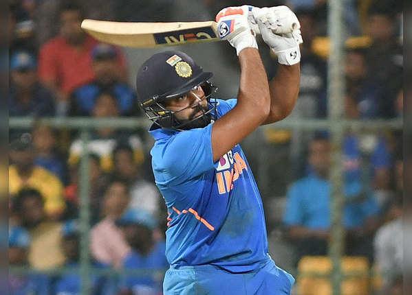 रोहित ने पूरे किए 9000 वनडे रन