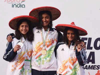 लड़कियों की अंडर-21 200मी. मेडले स्विमिंग में मेडल विजेता