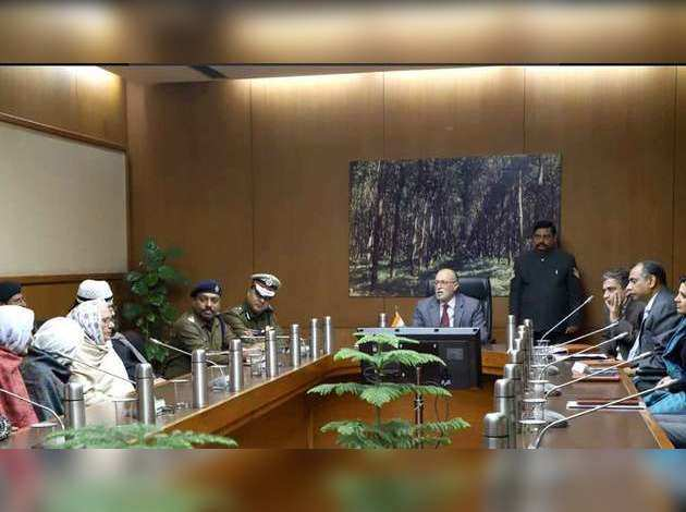 CAA: शाहीन बाग के प्रदर्शनकारियों से मिले उपराज्यपाल अनिल बैजल, आंदोलन खत्म करने की अपील