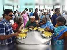 no need of aadhaar for subsidised food programme shiv bhojan in maharashtra