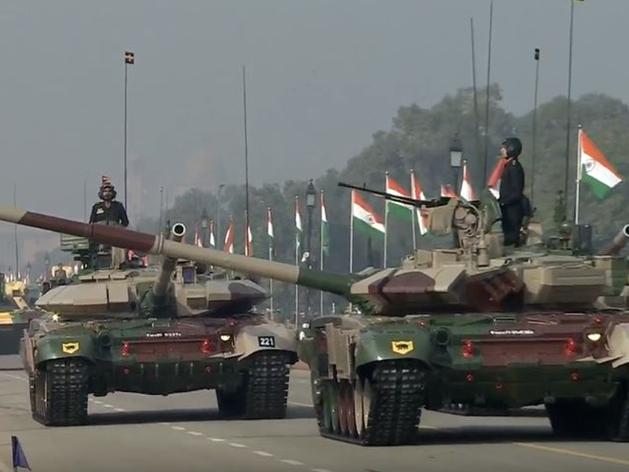 रिपब्लिक डे के दौरान टी-90 भीष्म टैंक