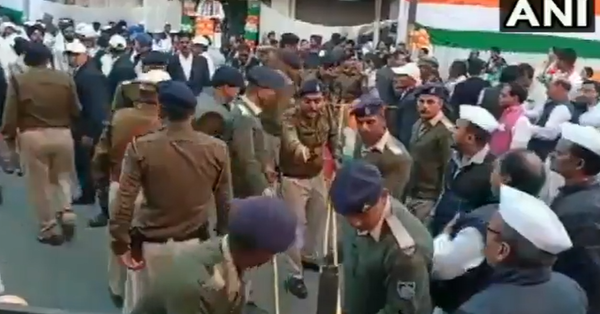 two congress leaders entered into a brawl during the flag hoisting ceremony during republic day