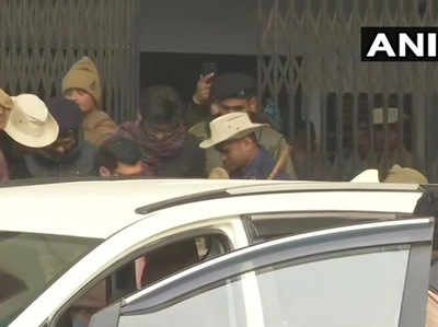 शरजील को दिल्ली ला रही पुलिस