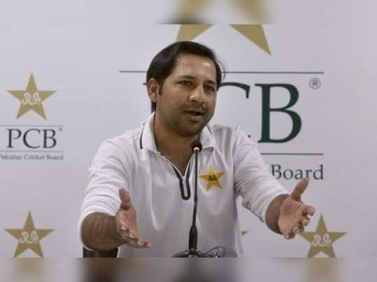 Karachi: Pakistan cricket teams skipper Sarfraz Ahmed speaks during a press co...
