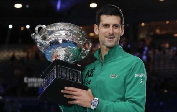 novak djokovic defeats dominic thiem to win australian open 2020