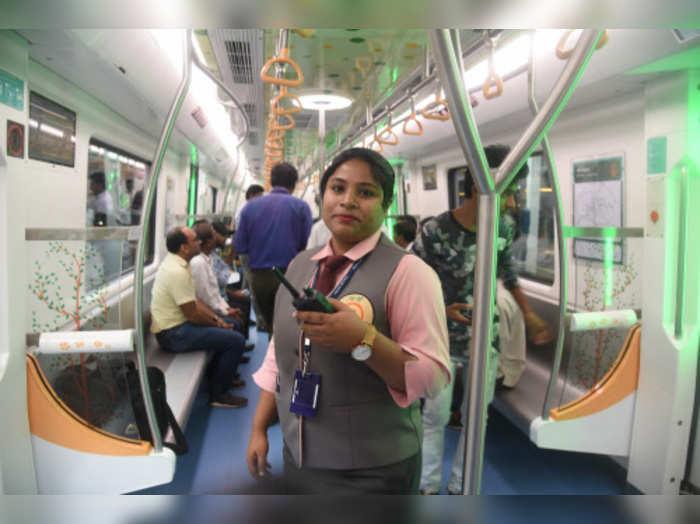 delhi metro employee