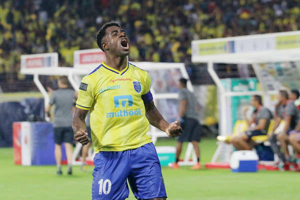 kerala blasters fc to play the remaining matches in isl only for their fans says bartholomew ogbeche