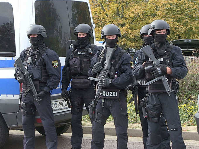 Two killed in 'anti-Semitic' shooting in Germany