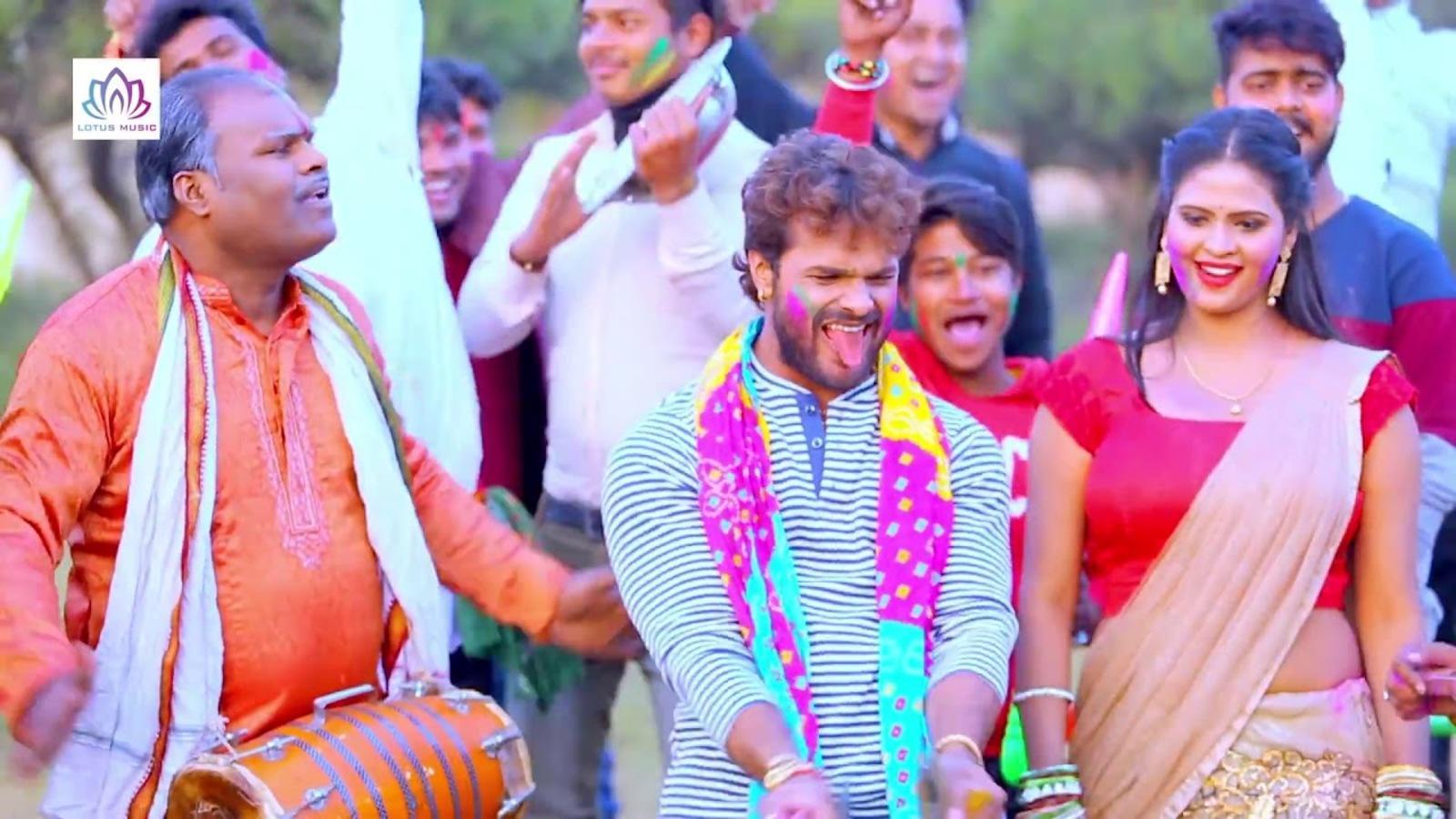 Image result for खेसारी का गाना 'देवरा होली में भकुआइल'