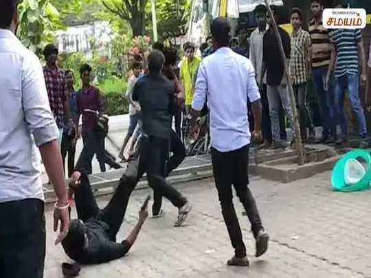 எஸ்ஆர்எம் கல்லூரி கேங் வார்
