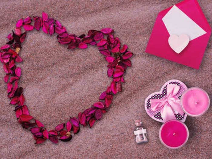 propose day gift ideas for men and women