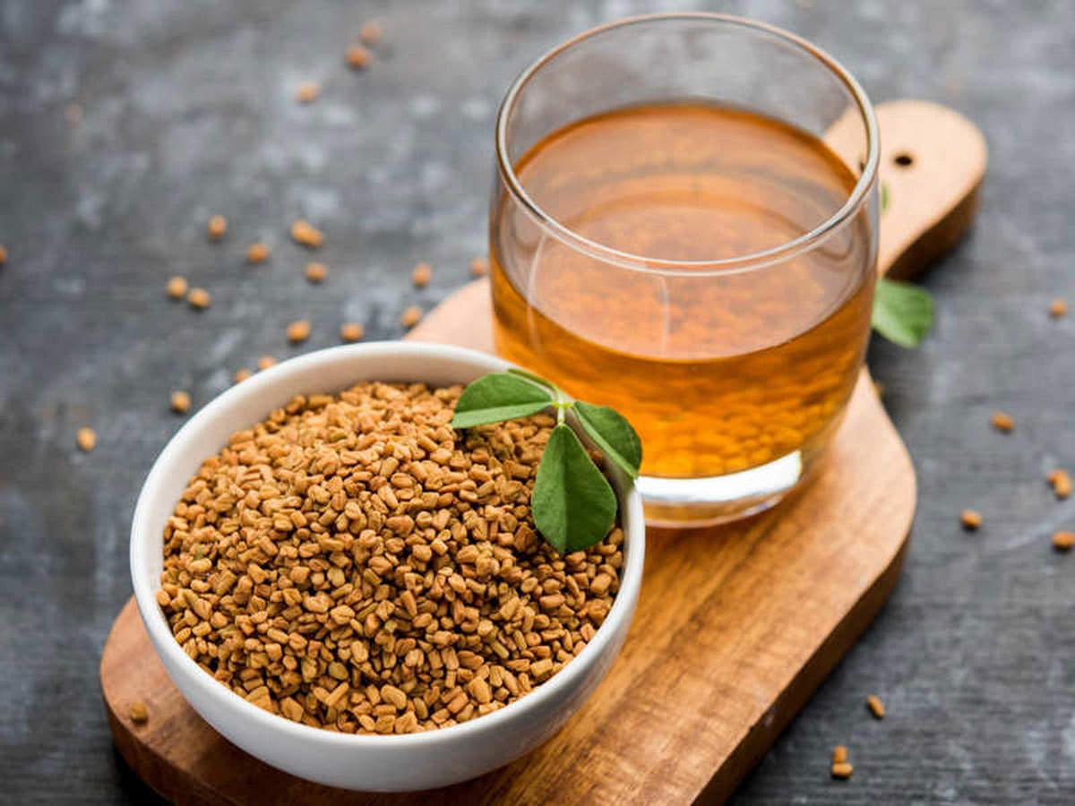 methi ka paani peene ke fayde: रोज पिएं मेथी का पानी, वजन रहेगा कंट्रोल में और बीमारियां होंगी दूर - health benefits of drinking methi water or fenugreek seeds water daily |