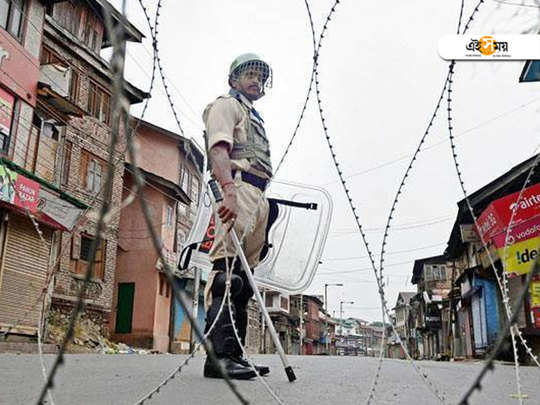 Curbs hit normal life in Jammu and Kashmir on tuesday