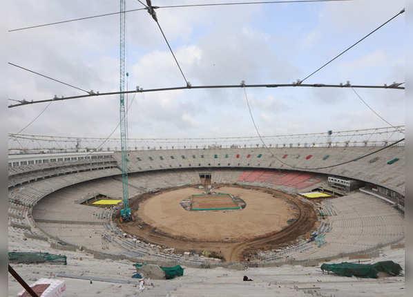 मोटेरा स्टेडियम में 'हाउडी मोदी' जैसा प्रोग्राम