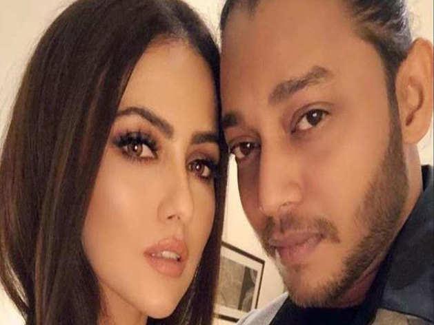 सना खान ने शेयर किया बॉयफ्रेंड की 'करतूतों' वाले मेसेजेज का स्क्रीनशॉट