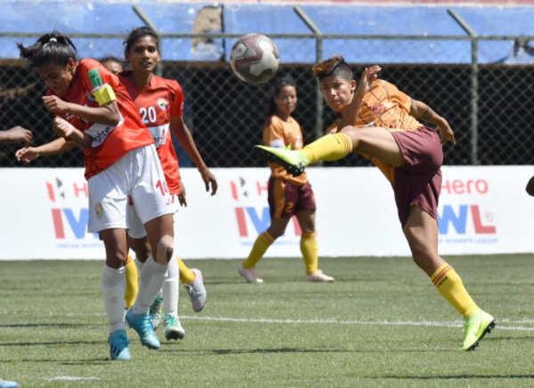 gokulam kerala fc beats kryphsa to lift its maiden indian womens league title