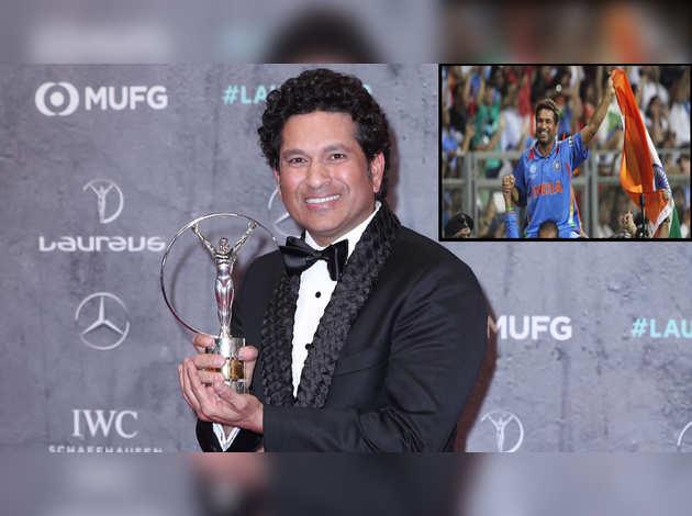 वर्ल्ड स्पॉर्ट्स अवॉर्ड: सचिन तेंडुलकर को 2011 वर्ल्ड कप की तस्वीर के लिए स्पॉर्टिंग मोमेंट्स 2000-2020 अवार्ड