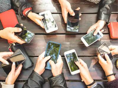 स्मार्टफोन की हो रही अवैध बिक्री