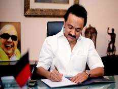 stalin condemns central government for partiality in fund allocation
