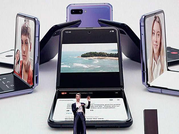 Foldable Smartphone: ಮಡಚಬಲ್ಲ ಫೋನ್ ಯಾಕೆ ಖರೀದಿಸಬಾರದು?