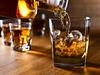 आर्मी कैंटीन का फर्जी लेबल लगाकर चार गुना महंगे दामपर बेचता था शराब, अरेस्ट