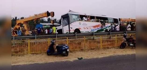 केएसआरटीसी की कोच्चि जा रही बस ट्रक से टकराई, 20 लोगों की मौत