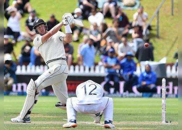 पुछल्ले बल्लेबाजों को बनाने दिए रन