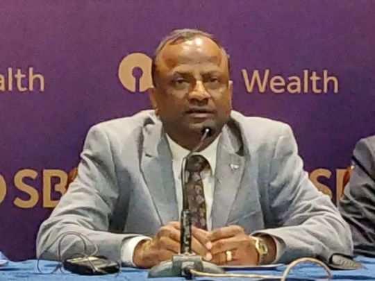 SBI chief rajnish Kumar