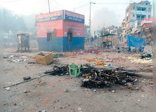 दिल्ली पुलिस ने दी चेतावनी