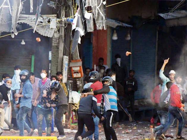 पूर्वी दिल्ली में हिंसा की तस्वीर
